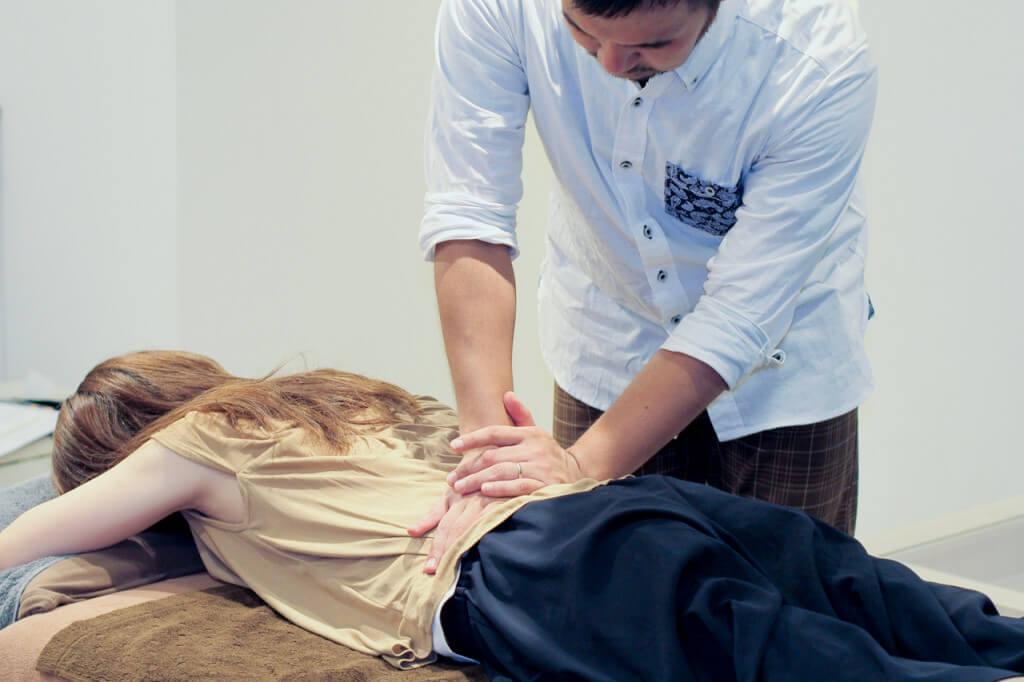 腰痛整体の風景画像